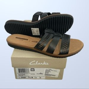 Clark leather sandals 7.5 NWT